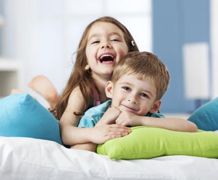 siblings_iStock_000020005309Medium